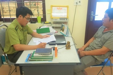 VQG Phong Nha – Kẻ Bàng tiếp tục xử lý lái xe vận chuyển lâm sản trái pháp luật